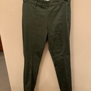 H&M High Rise olive green cropped pants